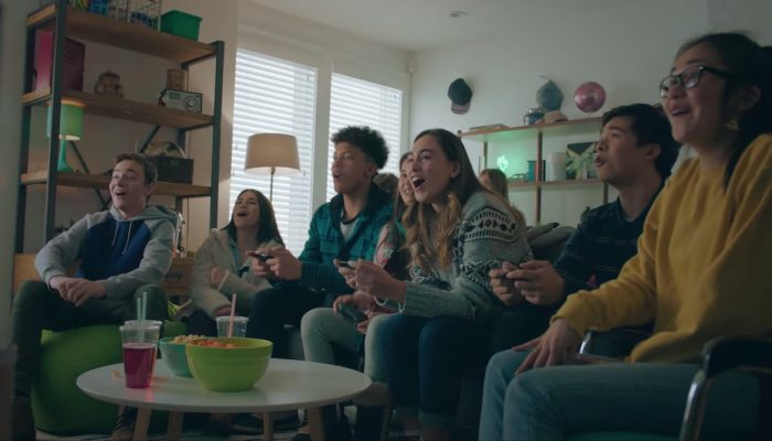 Nintendo Switch – Second Anytime, Anywhere Winter Commercial