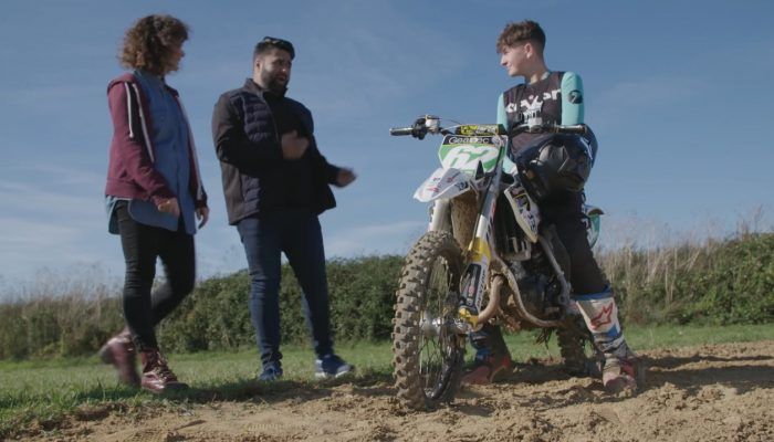 Nintendo Labo UK – Mini Bike Champion Louis Dutton Vs Nintendo Labo