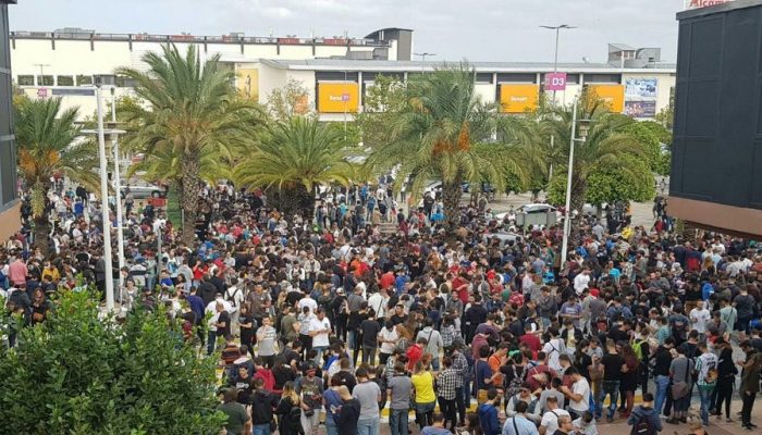 This is Spain during a Pokémon Go Community Day